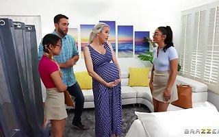 Midwives help pregnant lady w horny boyfriend!